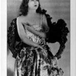 1923: Jobyna Ralston
