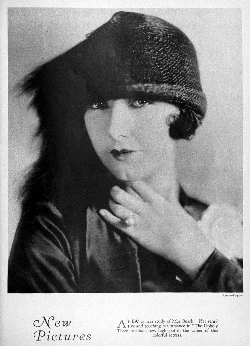 1925 Mae Busch