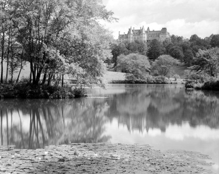 1938-biltmore-pond