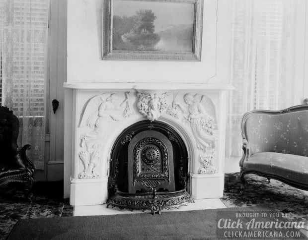 7. Kirksey House in Eutaw, Alabama (photo from 1939) - 15 Fantastic Old-fashioned Fireplaces - Click Americana