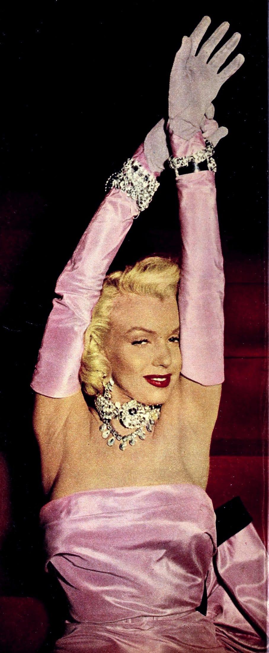 1950s Marilyn Monroe - Gentlemen Prefer Blondes long pink gloves
