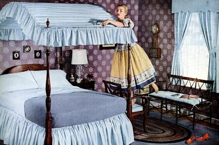1950s woman with canopy bed - Cleaning housewife