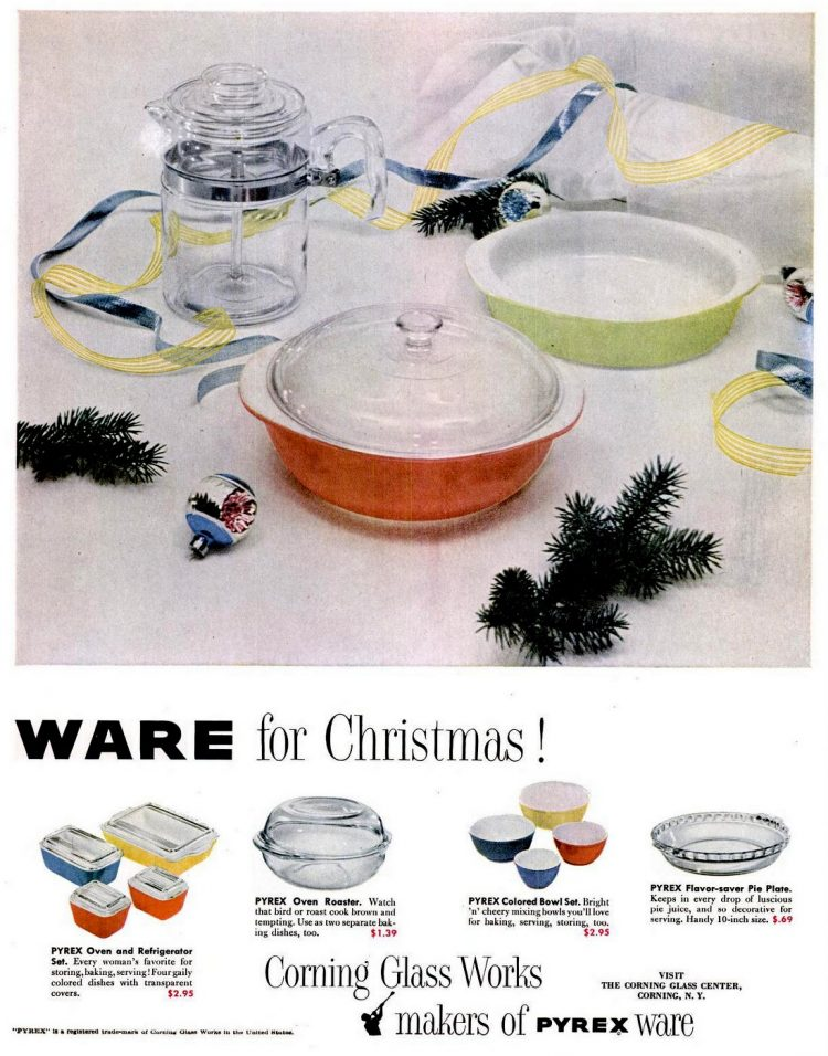 1952 Pyrex kitchenware for Christmas