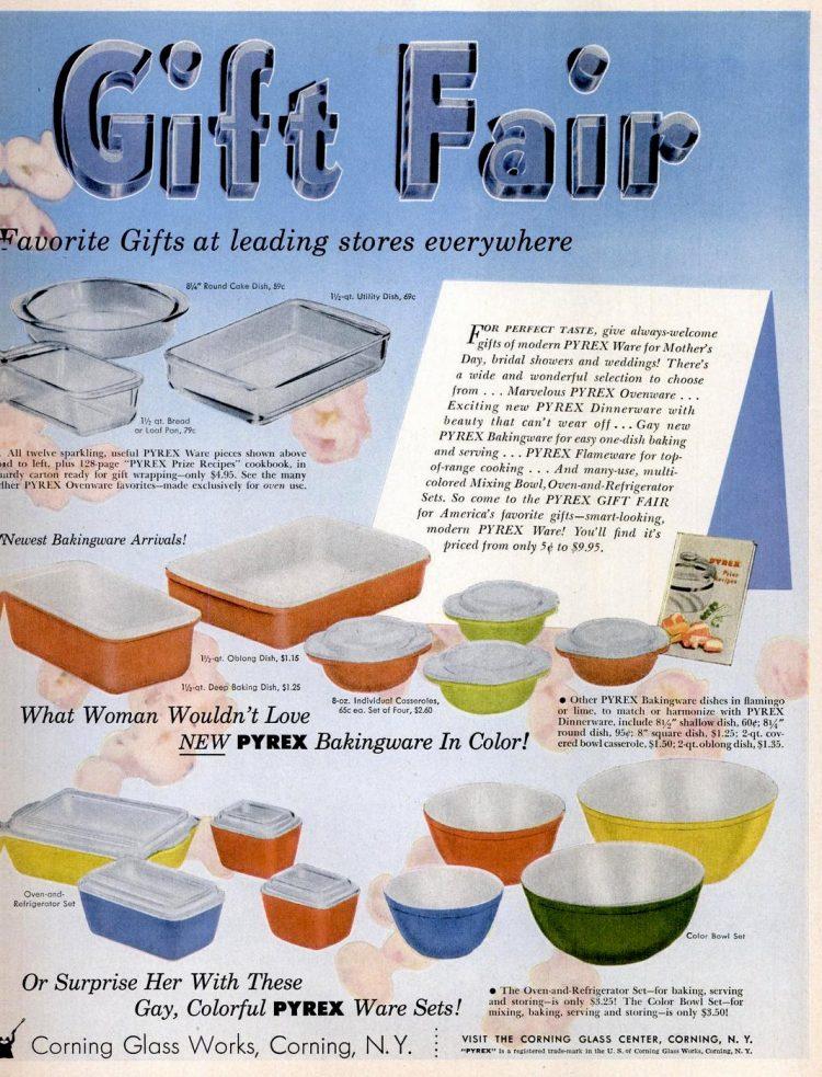 1954 Pyrex kitchen gifts