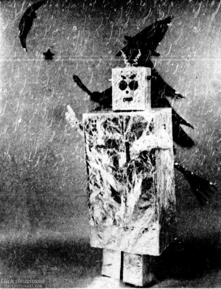 How to make a retro robot Halloween costume