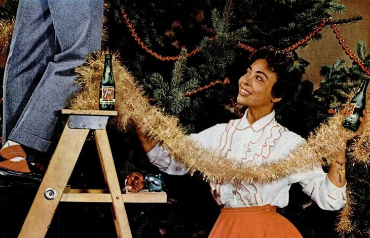 1960 Christmas tree decorating