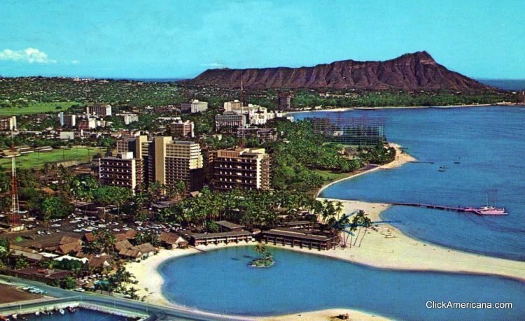 1960s Hilton Hawaiian Village Beach Vintage Postcard Hawaii HI