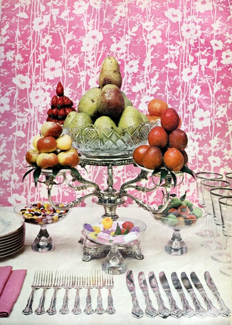 1960s-style table decor from 1966 (2)