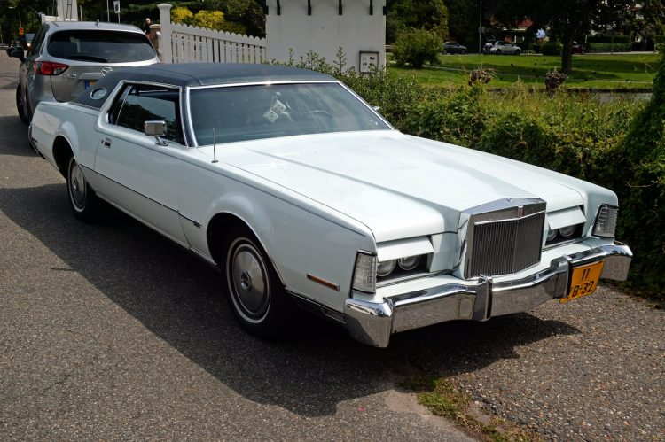 1973 Lincoln Continental Mark IV - Ford cars (1)