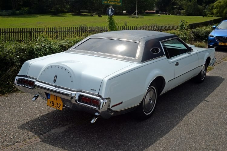 1973 Lincoln Continental Mark IV - Ford cars (2)