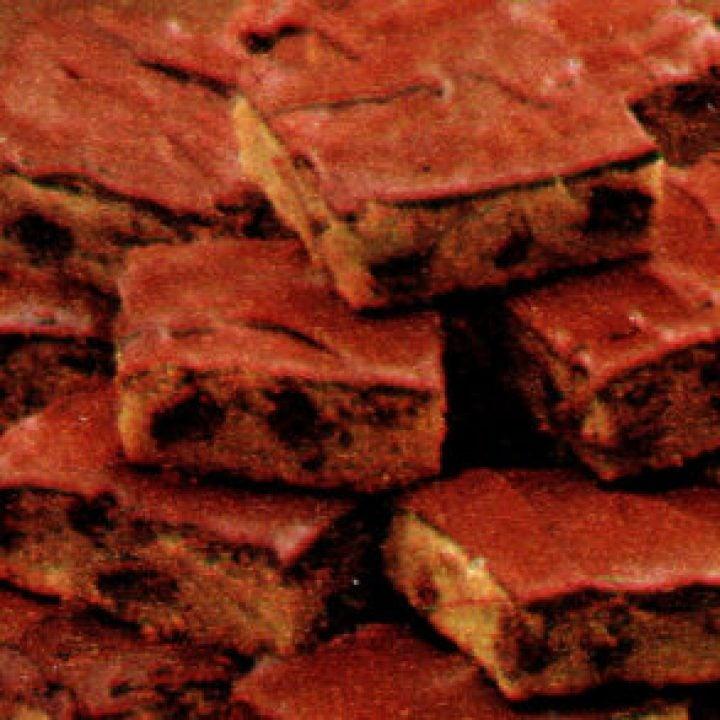 1979-Peanut-butter-golden-brownies-vintage-recipe-293x293