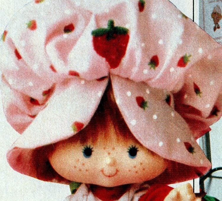 1982 Strawberry Shortcake doll