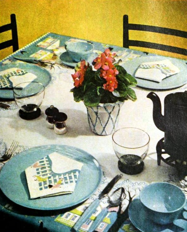 50s party table decor from 1959 (2)
