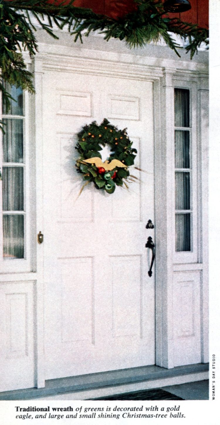 6 beautiful ways to make a welcoming Christmas wreath for your front door - Vintage crafts (6)