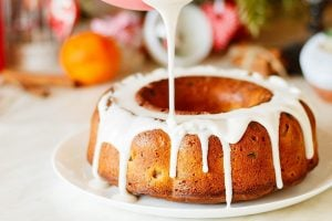 7 sweet & scrumptious Bundt cakes from the '70s