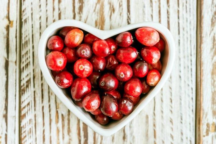 8 classic cranberry recipes for homemade treats (1911)