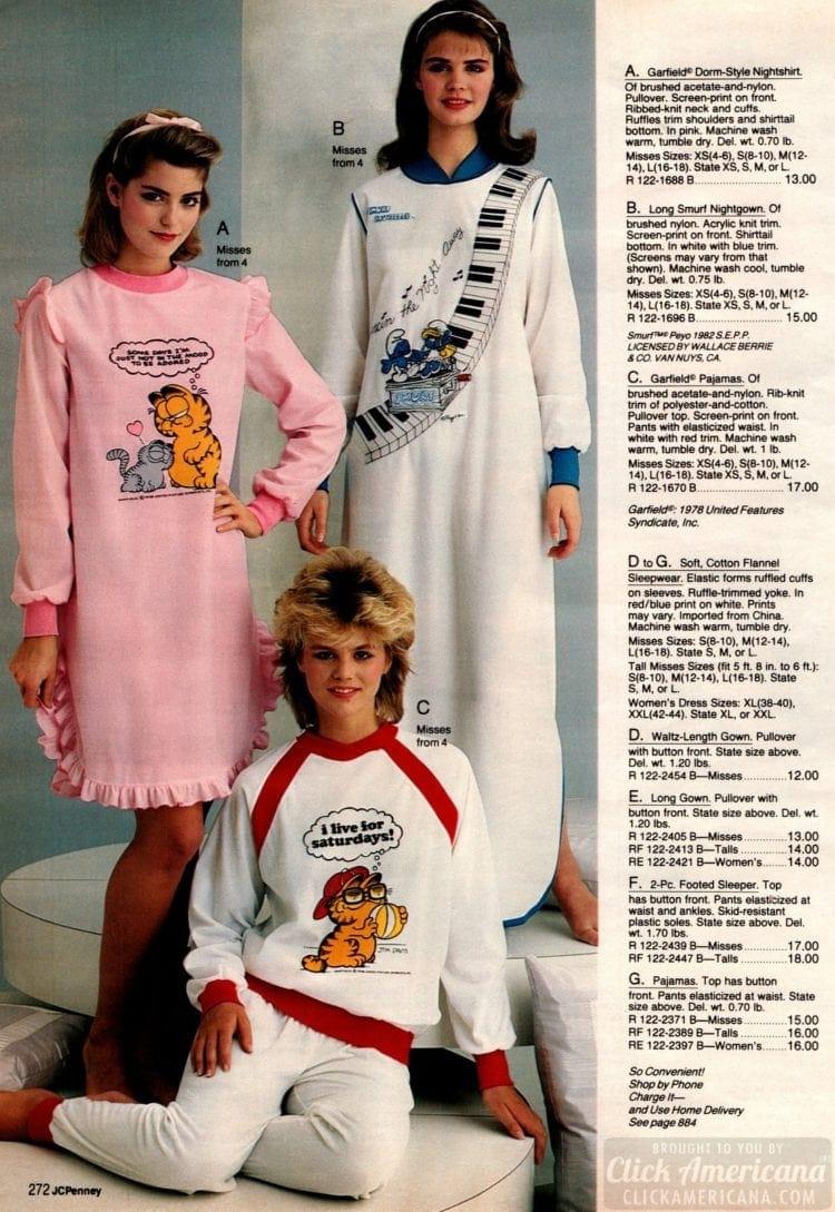 80s pajamas with Garfield and Smurfs - 1983