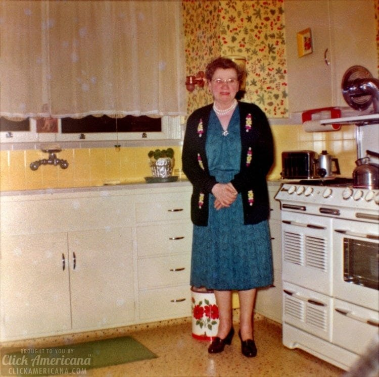 A 1950s home tour - A small house in Francisco - Kitchen - Click Americana