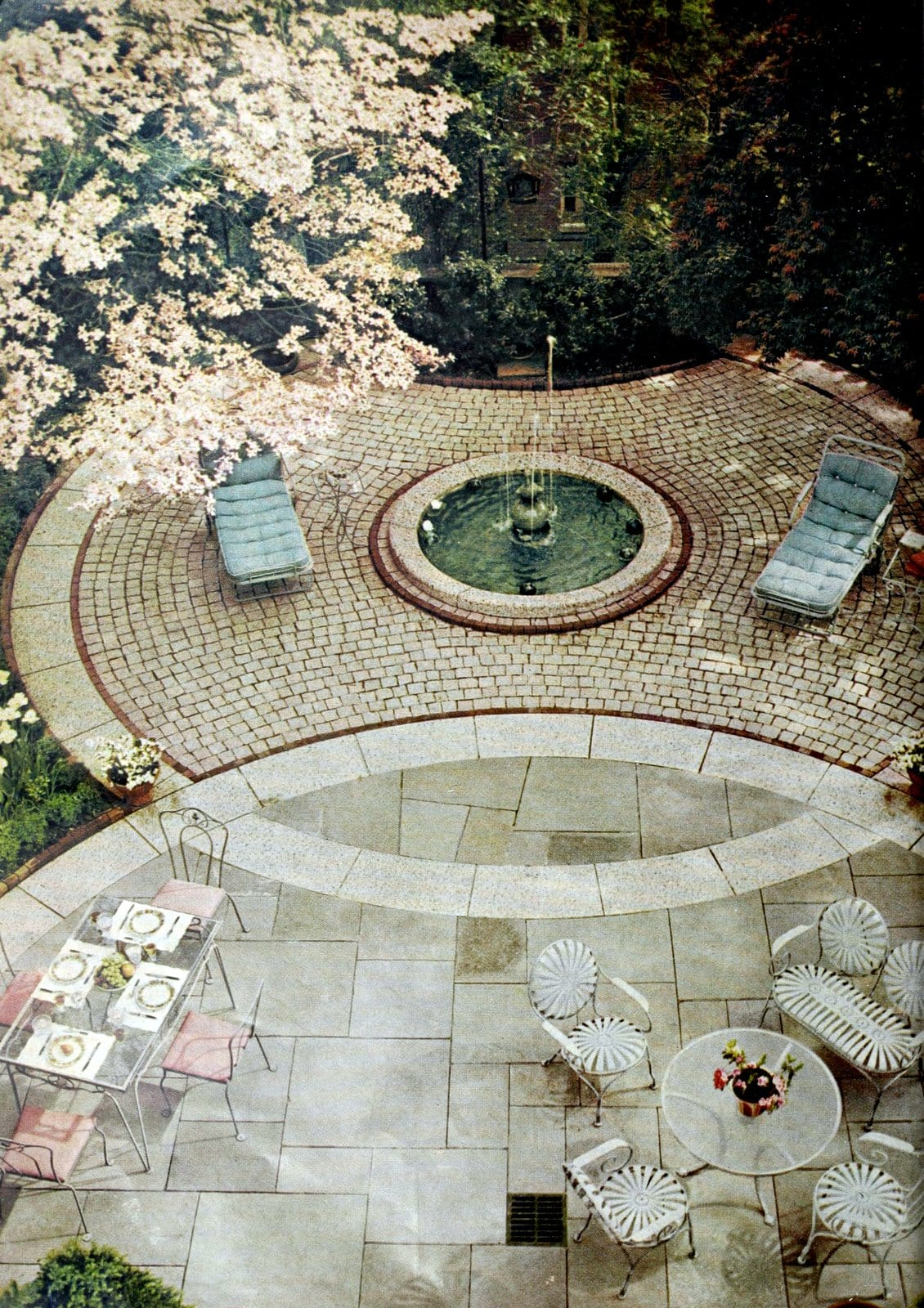 A Georgetown garden for a spring luncheon (1961)