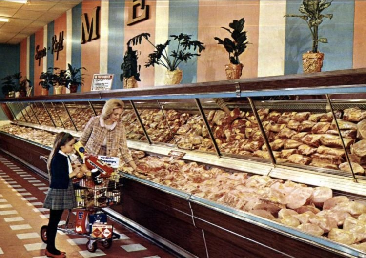 A-P vintage grocery store - 1966 1