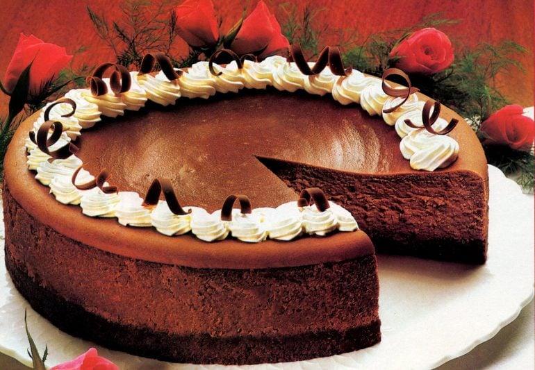 A classic chocolaty fudge truffle cheesecake recipe (3)