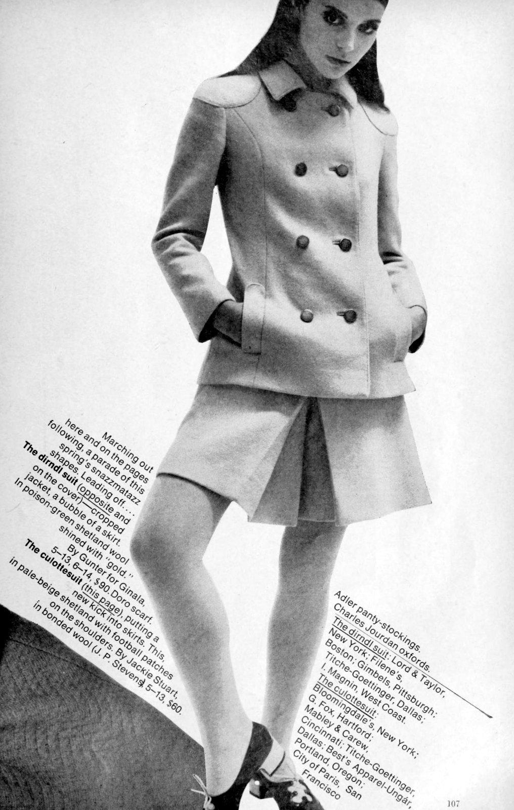 A culotte suit style (1966)