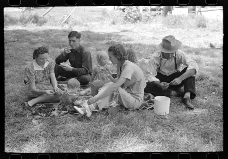 A family picnic on the Fourth of July at Vale, Oregon