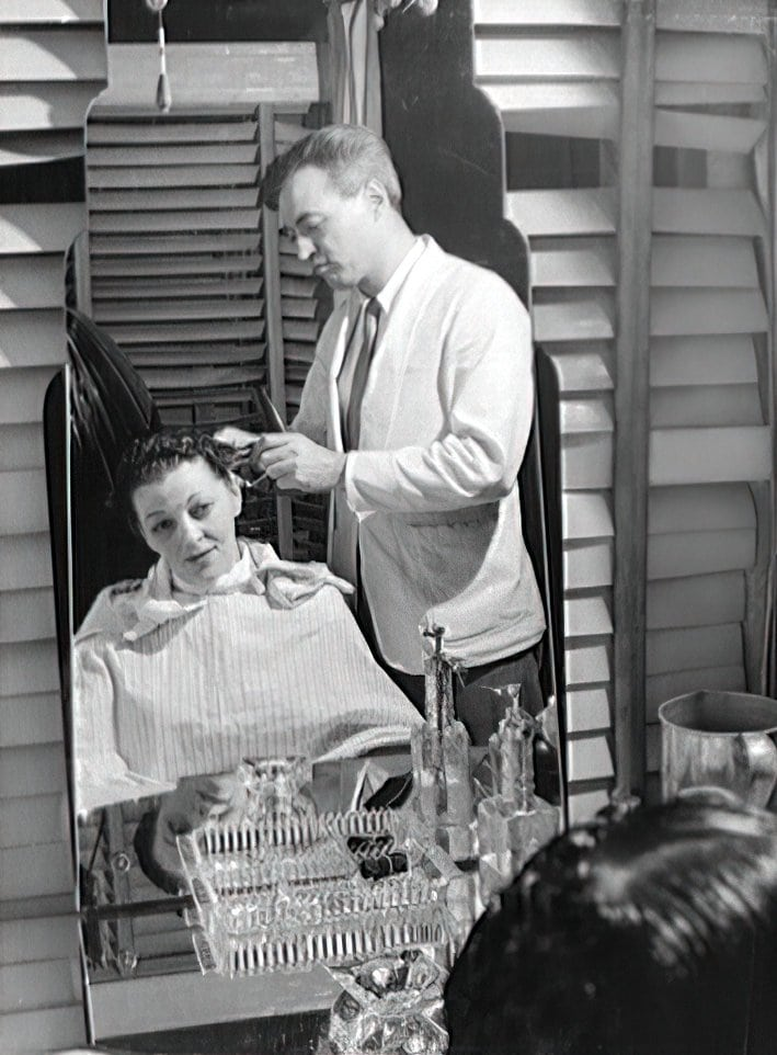 A hair trim and style from 1942
