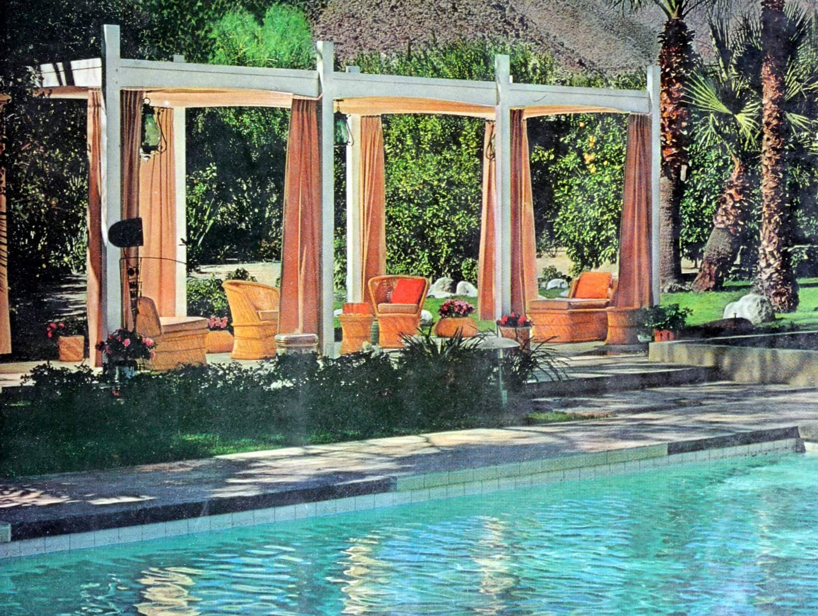 A posh poolside retreat in Palm Springs, California (1969)