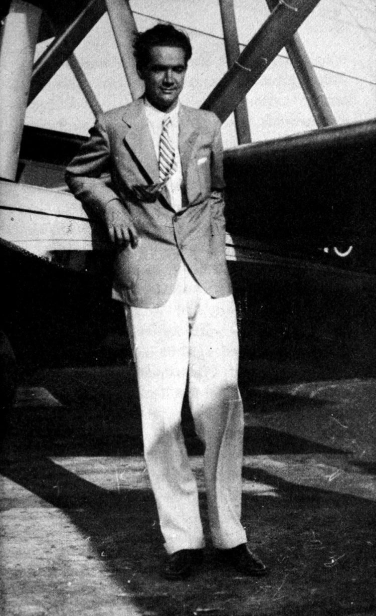 About Howard Hughes and his airplanes
