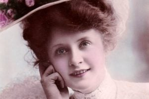 Actress Billie Burke with flowered hat