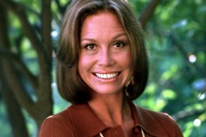 Actress Mary Tyler Moore c1974