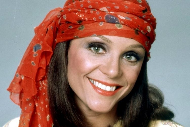 Actress Valerie Harper as Rhoda