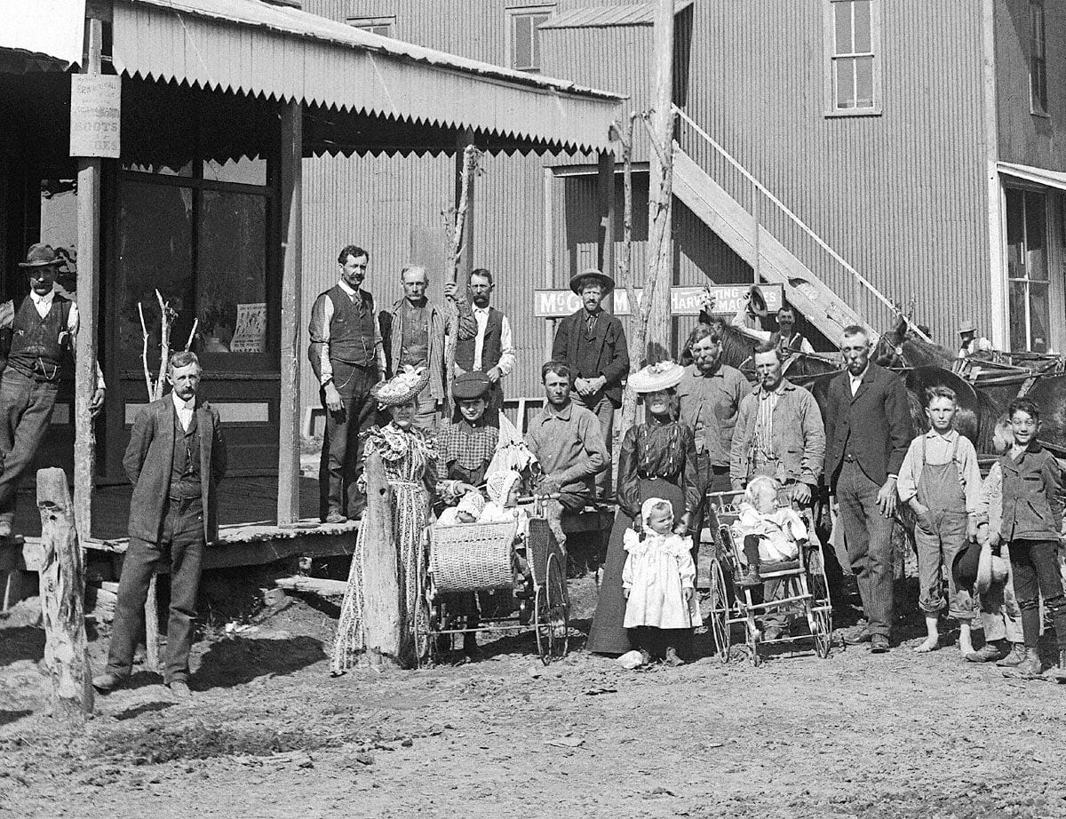 Adults and children in Nebraska (1887)
