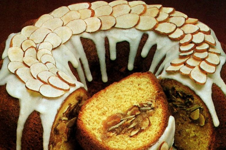 Almond sherry cake recipe (1981)