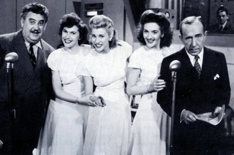 Andrews Sisters - Singers from the 40s and 50s