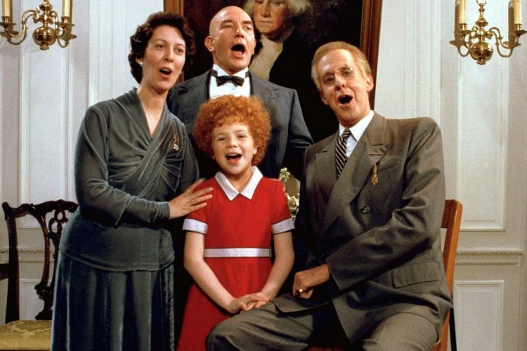 Annie movie cast 1982