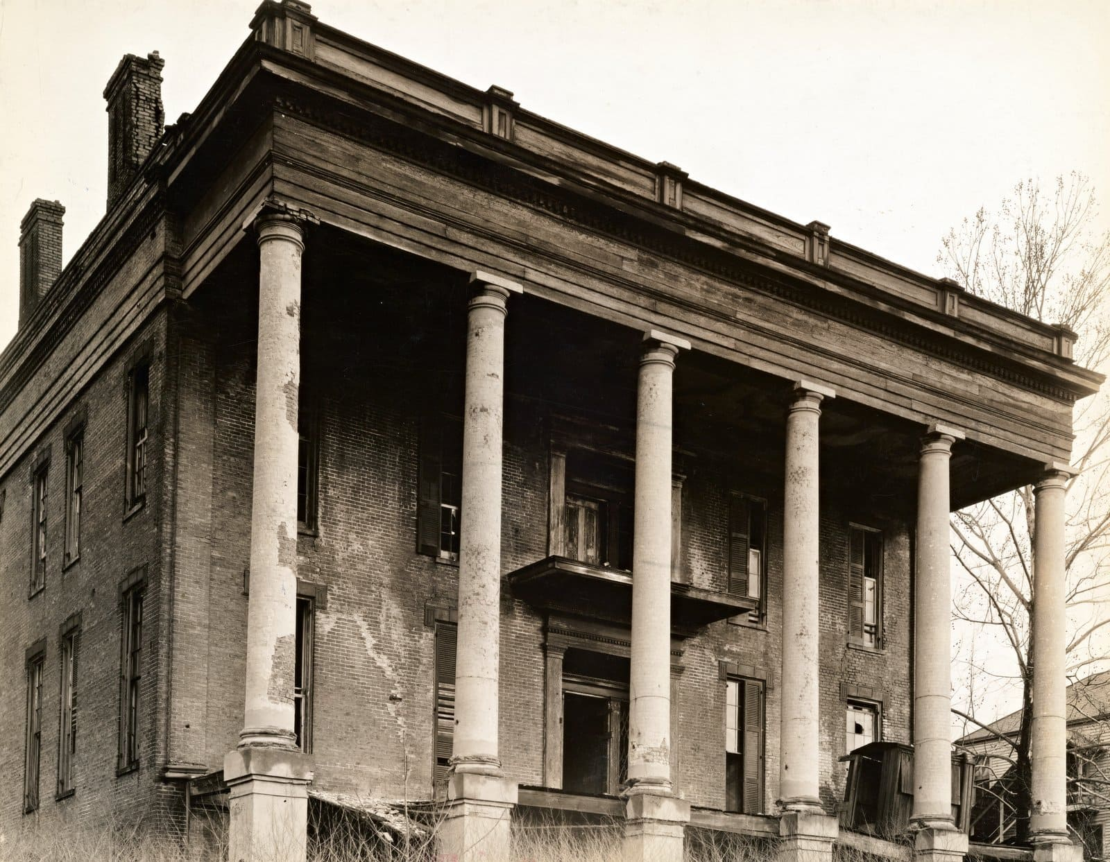 Antebellum plantation - Vicksburg, Mississippi (1936)