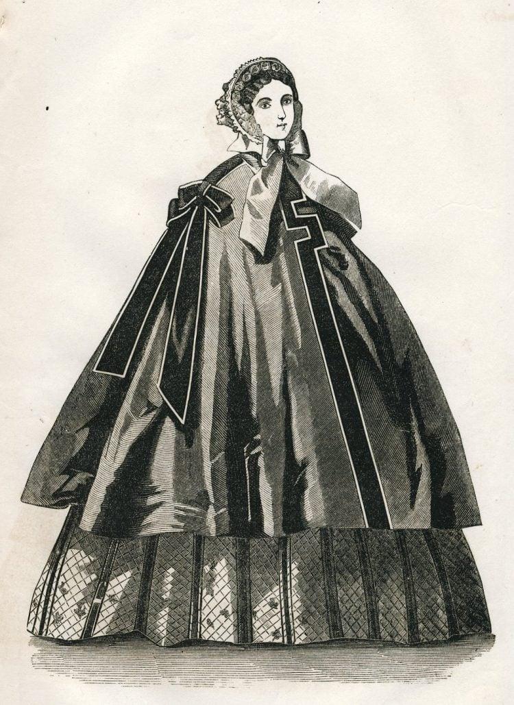 Antique Civil War dresses from 1861 (2)