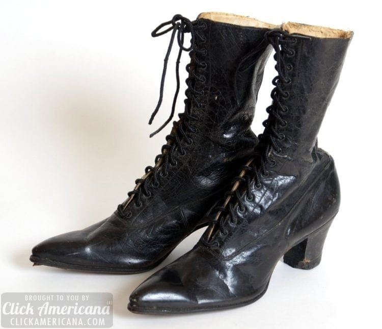 546dd0b2a6a9b Up close: Antique leather lace-up boots from the Edwardian Era ...