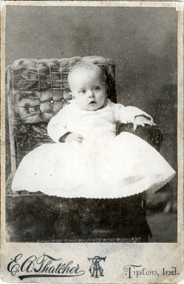Antique cabinet card portrait of a baby (2)