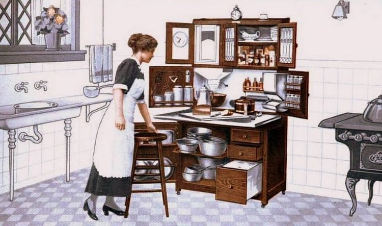 Antique kitchen from 1913