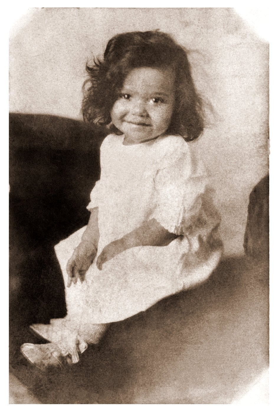 Antique portrait of an African American girl (2)