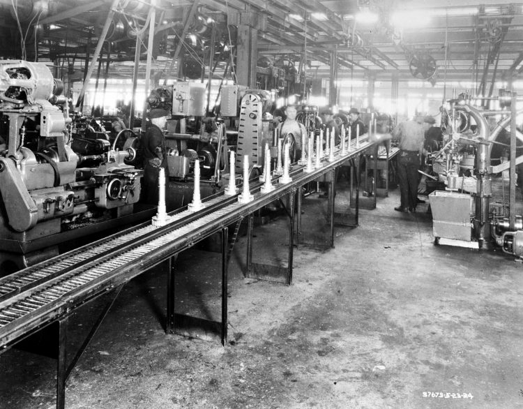 Automobile manufacturing - Example of how work is brought to men 1924