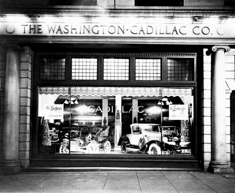 Automobiles in window of the Washington-Cadillac Co., Washington, D.C.