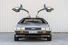 DeLorean DMC-12 car