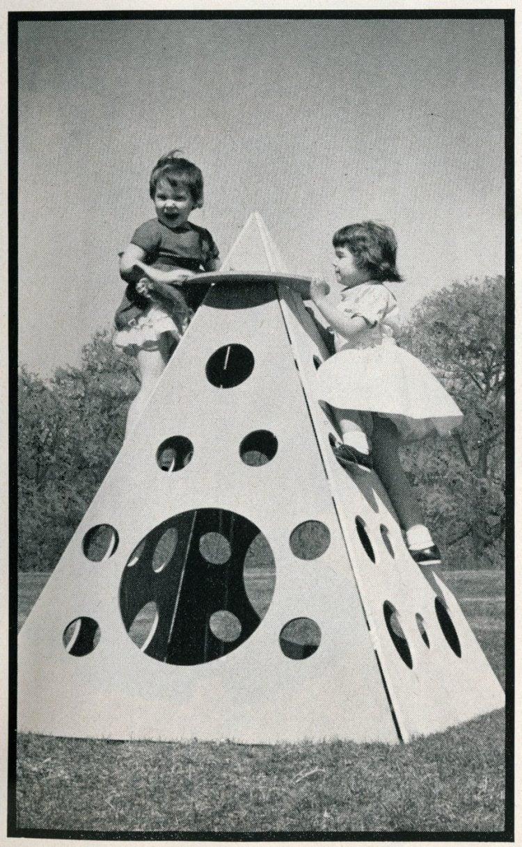Backyard climbing structure idea from 1961 (2)