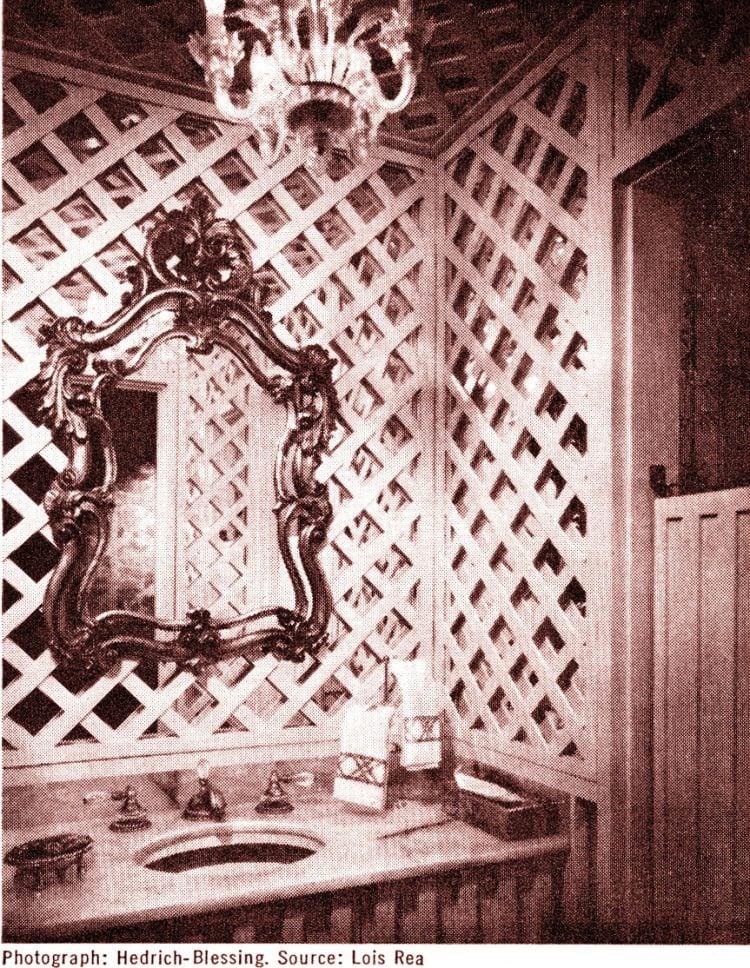 Banner retro bathroom decor (1971)