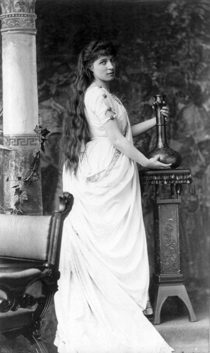 Beautiful Mrs Lillie Langtry