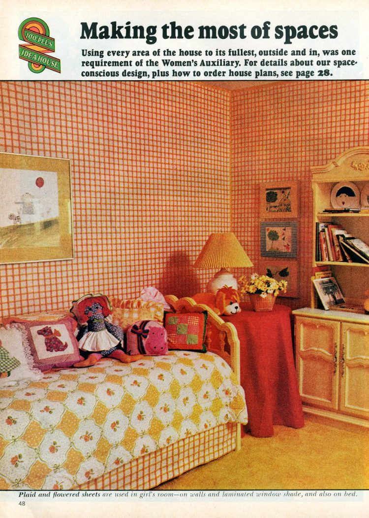 Beautiful practical 1975 model home - Girl's room